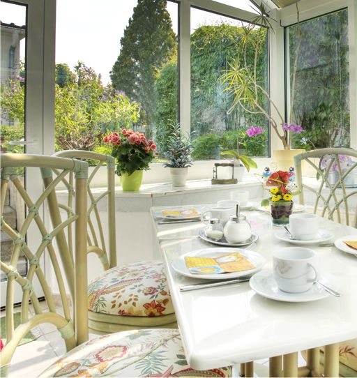 Buffet breakfast in the conservatory